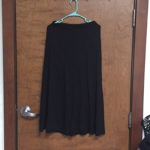 Black long skirt.
